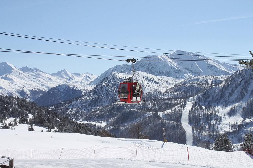 Direction les pistes de ski de Montgenèvre - © OT Montgenèvre