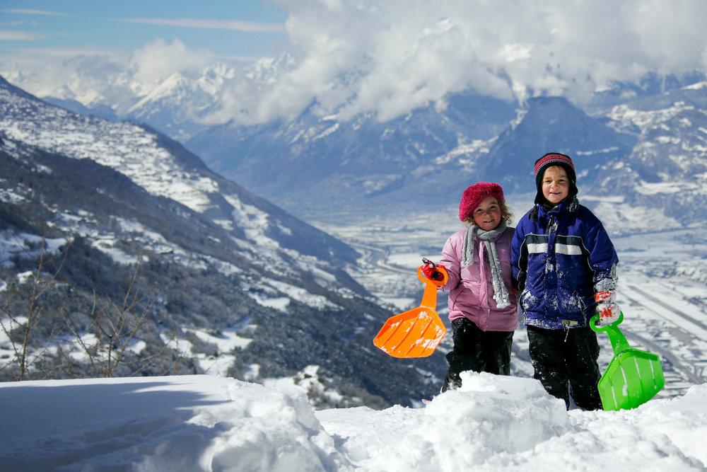 Les plaisirs de la luge à Nax/Mont-Noble - © Mont-Noble Tourisme