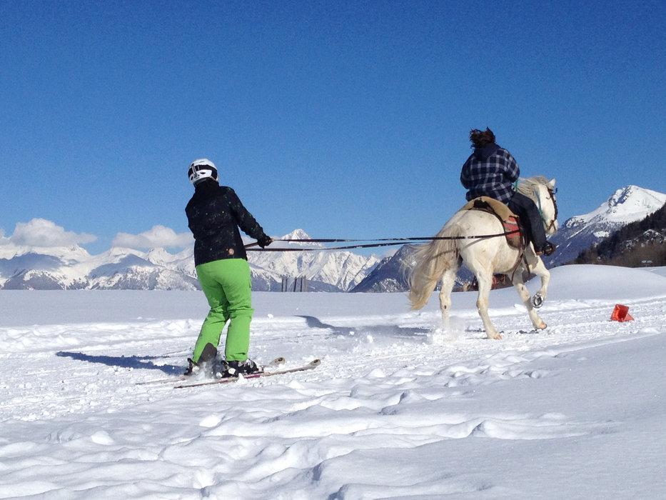 Ski-joering à Nax/Mont-Noble - © Mont-Noble Tourisme