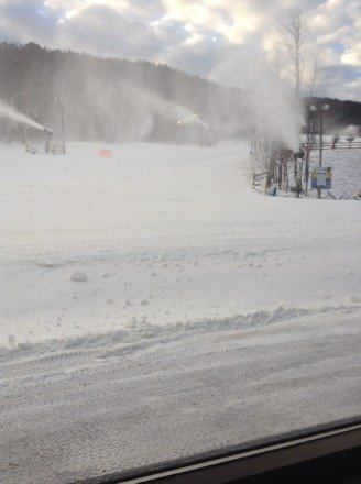 Great snow blowing good conditions