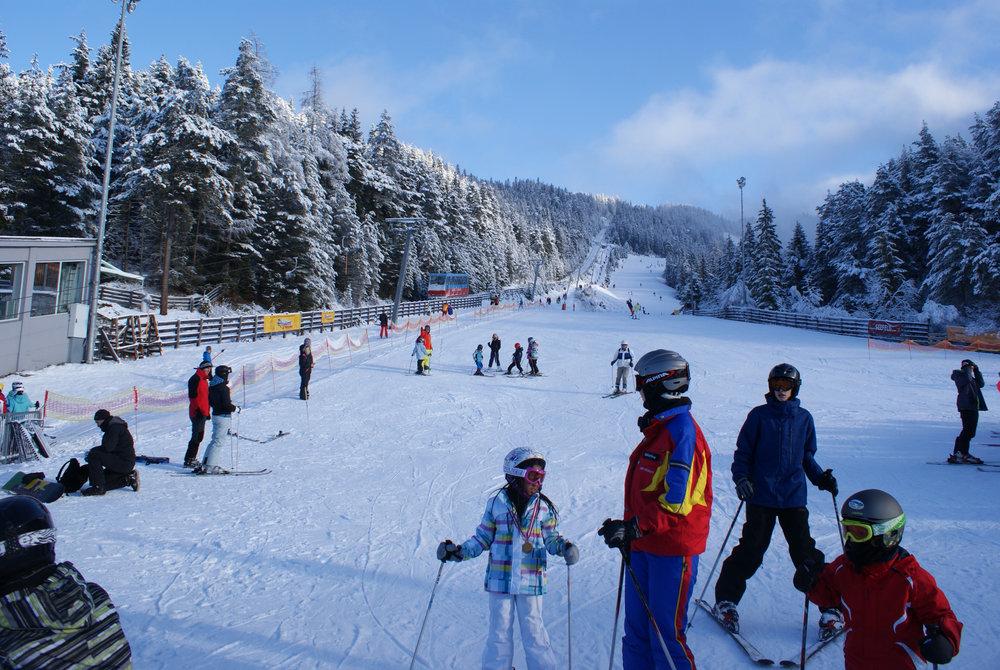 Die Talstation des Skigebietes Seefeld Rosshütte ist der Ausgangspunkt zur Erkundung der beiden Skiberge - © Gernot Schweigkofler