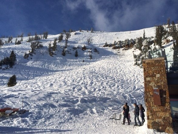 Amazing day at JHMR.  Soft snow, soft bumps, blue skies, stashes of fresh still to be found.  Snow on the way!