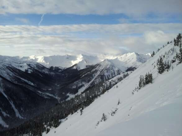 Thin cover on and off piste. Short lift lines, great fall lines. Go to Eagle's Eye.