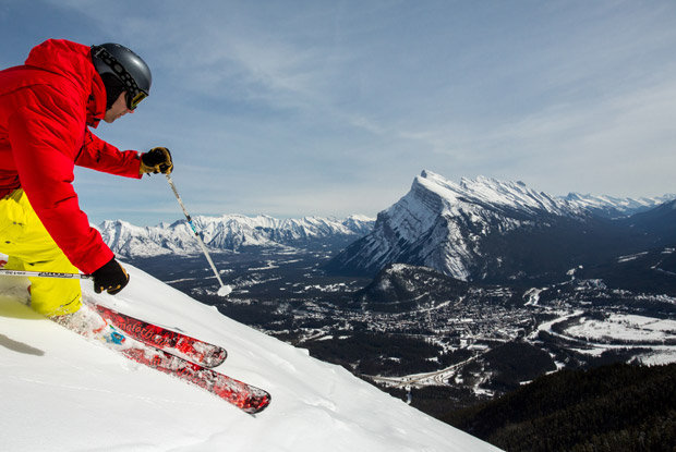 Just minutes from Banff, Norquay puts downhill fun at your fingertips—day or night. - © Travel Alberta