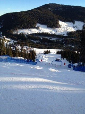 Beautiful sunny day at apex again. Freestyle timber tour on today come up and watch some great Mogul action