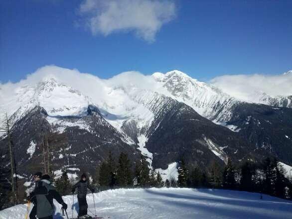 neve stupenda e piste preparate in modo eccellente .
