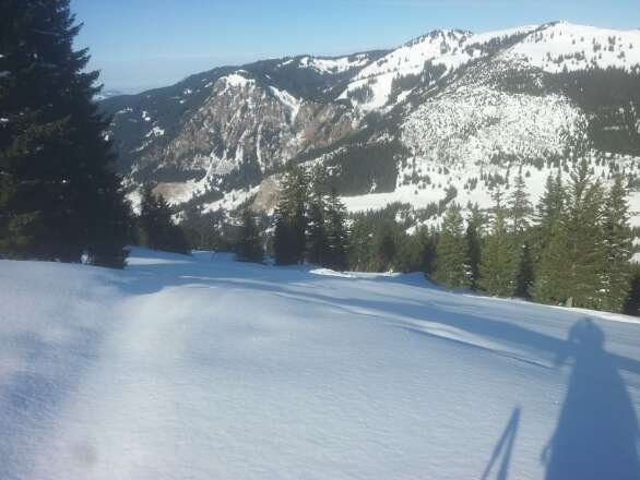Abseits der Pisten (Ochsenalproute auf'm Bild) war der Schnee 1A!    Wetter = Sonne den ganzen Tag:)  Absolut geiler Tag!