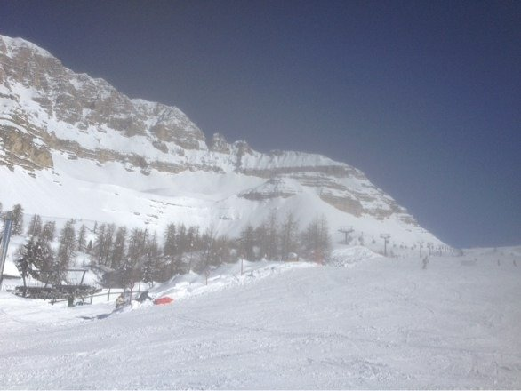 Excellent conditions today yet another fantastic day for skiing
