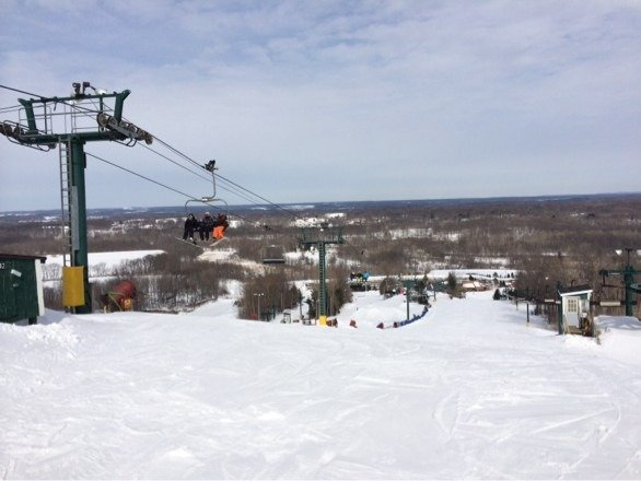 Lots of snow. No lines on a weekday. Mostly pack but groomed. Recommended!