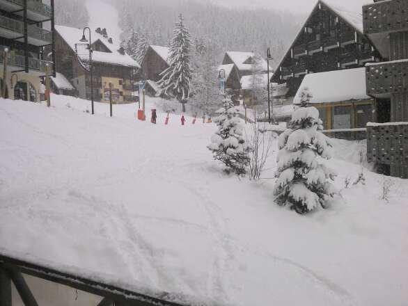 super bonne neige pour les petits veinard de cette semaine!!