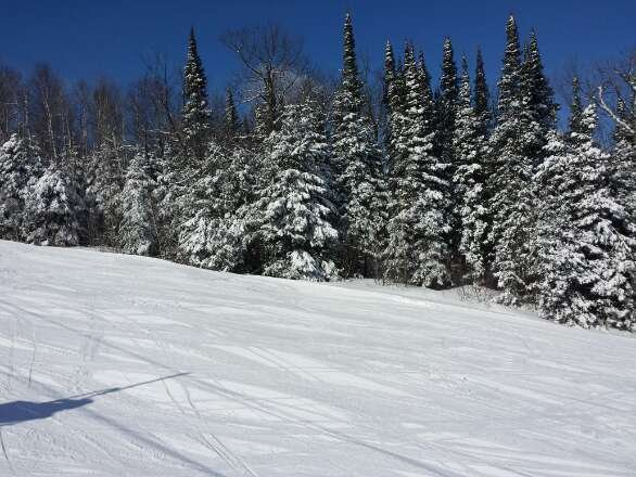 Great spring skiing on March 21 2014. lots of snow! Great MN 