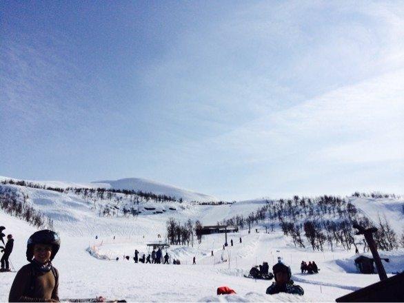 Nydelig dag på Tyin- Filefjell. Sol fra skyfri himmel!