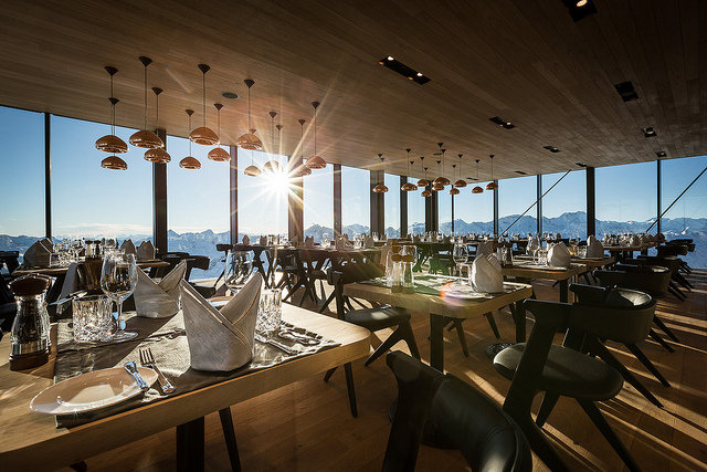 Super modern IceQ gourmet restaurant on the Gaislachkogl Peak (3048m) - © Solden Tourism
