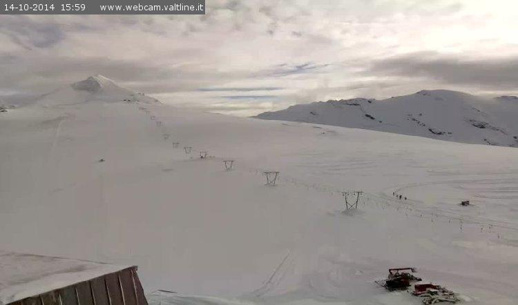 Première belle chute de neige de la saison sur le domaine de Passo Stelvio (Italie) - 15 oct. 2014 - © Passo Stelvio