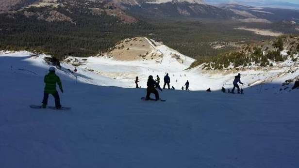 thanksgiving day and we are skiing, that's what I'm thankful for. loads of fun. Chair 3 has a good run (see pic)