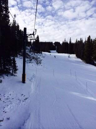 No sure about the 32 inch base?  Basically, 1 run available today.  Frozen granular & windy.  No lift lines!