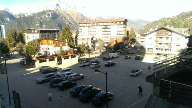 No snow in the village Will send pics from the piste tomorrow