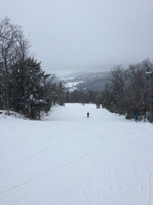 Went out Sunday dec 21. Only easy trails open, extremely icy and poorly groomed. All snow guns were in use so hopefully the hills will be better soon!