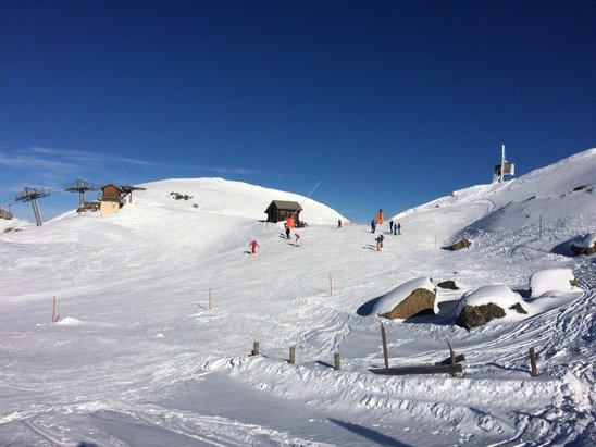 Richer de l'aigle today - fab skiing