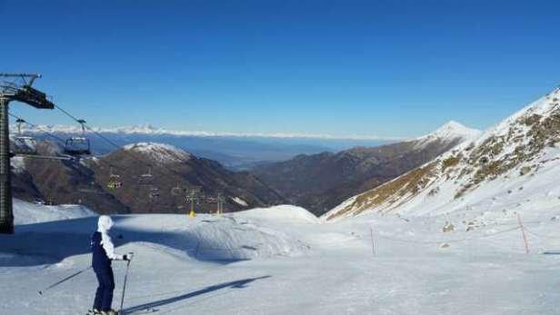 diverse piste chiuse. poca neve ma  valida per sciare.  5 gennaio