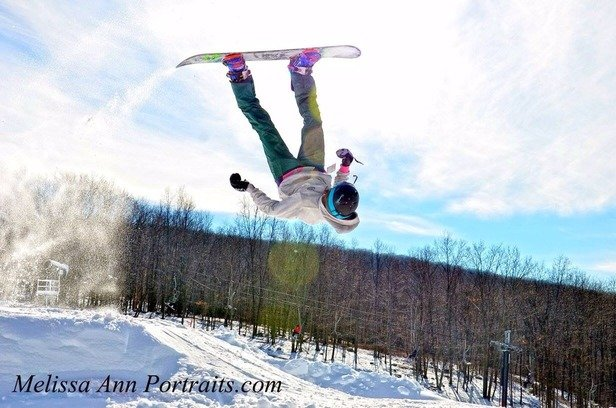 Snow tubing with family and got some pretty cool shots in the rail jam park. Snow tubing lanes are FAST!!. It was a blast. Staff is so friendly, snow is in abundance. We never go wrong with taking the fam to Montage. 10x more runs than other Pocono locations for sure!!