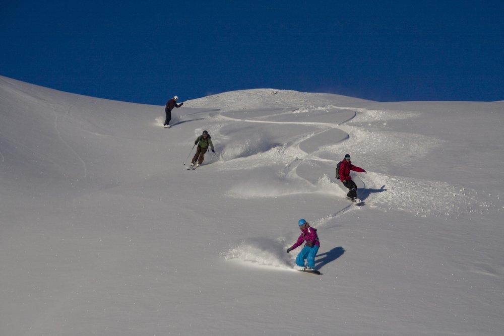 Grenzenloses Powder-Vergnügen im Skigebiet am Ankogel - © Martin Glantschnig