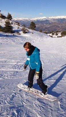 Parfait pour apprendre le snow a ma femme! Neige fraiche, la saison commence!! =P