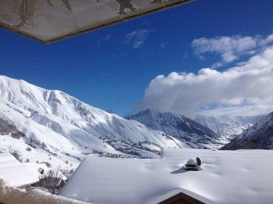 Belle neige , beau temps idéal pour descendre les pistes