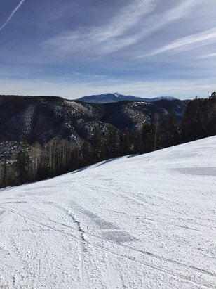 Very nice, skiable packed power. Warm and sunny like spring on Tuesday.