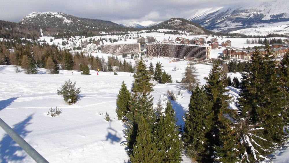 Vue sur la station de Superdevoluy depuis les pistes de ski - © Stéphane GIRAUD-GUIGUES / Skiinfo.fr