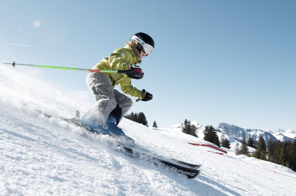 Frischer Powder lässt Skifahrerherzen höher schlagen - © Sebastien Staub