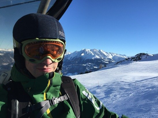 Perfect weather conditions all day! Really enjoyed the slopes in Laax. As good as it gets without fresh powder.