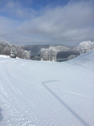 Today was fantastic. A few inches of new snow over the groomed slopes made for awesome turns. No ice for a change.
