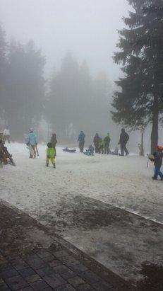 Sonntag, Nebel aber trotzdem noch gute Pisten, den Umständen entsprechend. Uns hat alles gut gefallen.