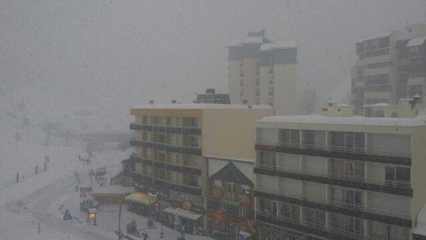 Gourette - journée sous la neige photo prise à 17h30 - © frankvil1962