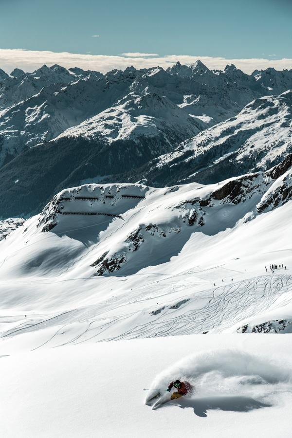 Powderabfahrt in Silvretta Montafon (3. März 2015) - © Facebook Silvretta Montafon