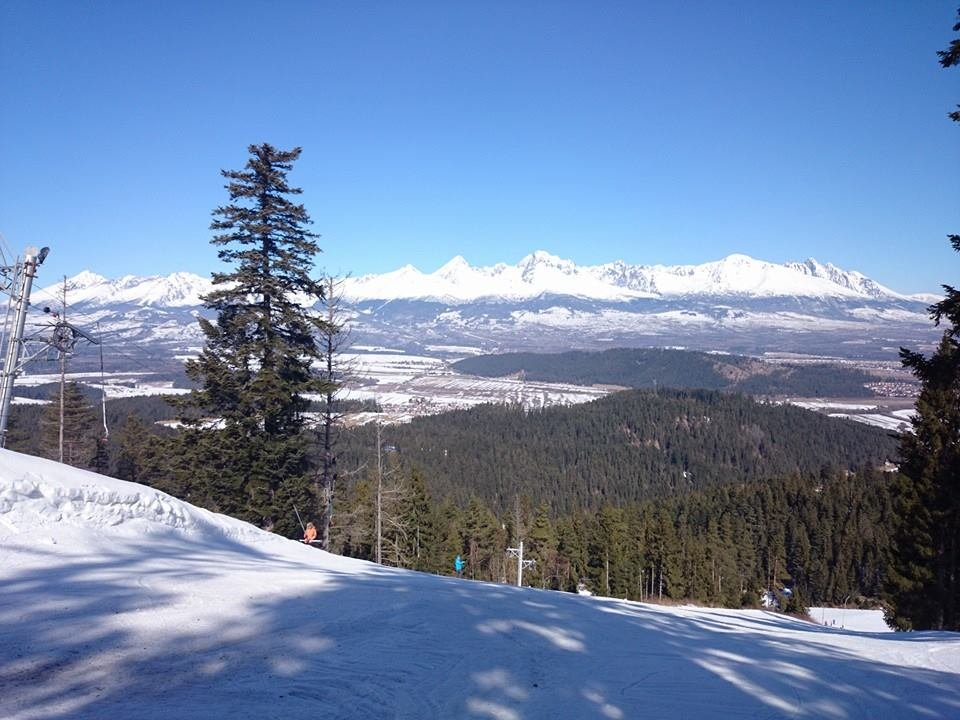 Jarná lyžovačka v SkiTatry - Lopušná dolina - © Juraj Kostroš