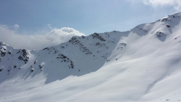 Marmot Basin - Pretty lovely conditions for spring skiing  - © holerc