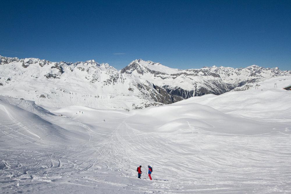 Andermatt bietet fantastische Möglichkeiten für Ausflüge ins Backcountry - © Skiinfo