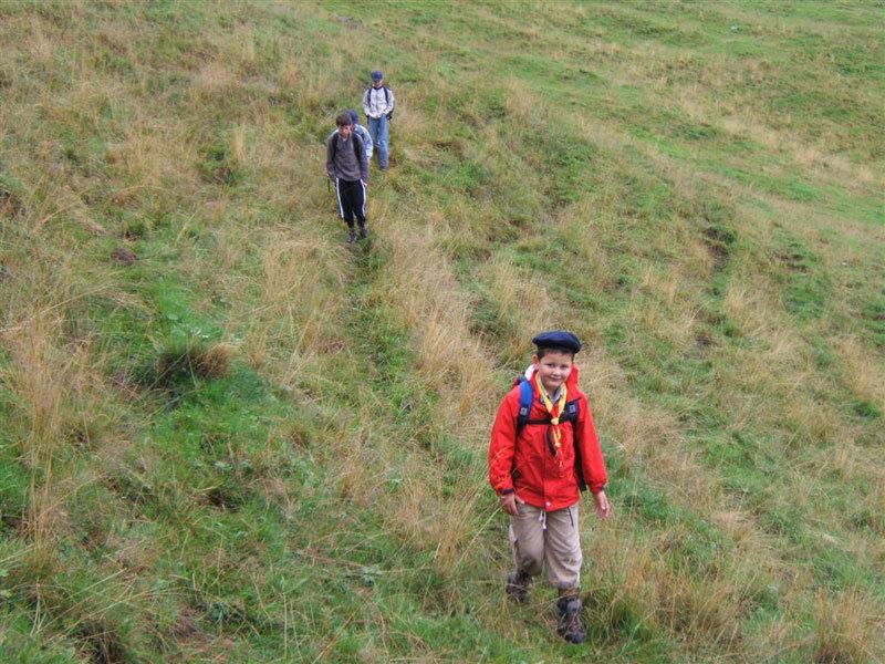 Wanderschuhe müssen auch vor Nässe schützen - © flickR