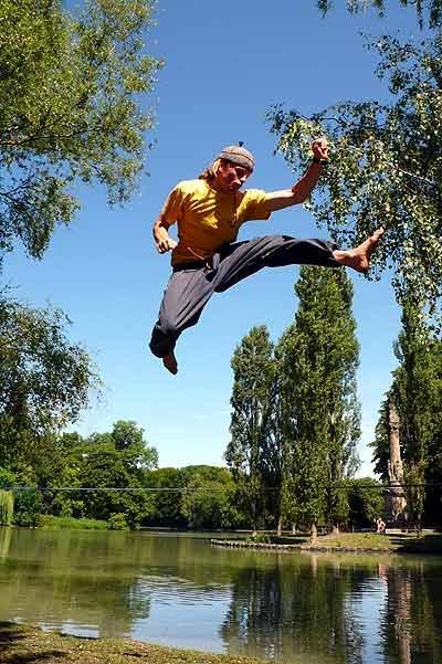 Karate-Sprung - © Alpinstil