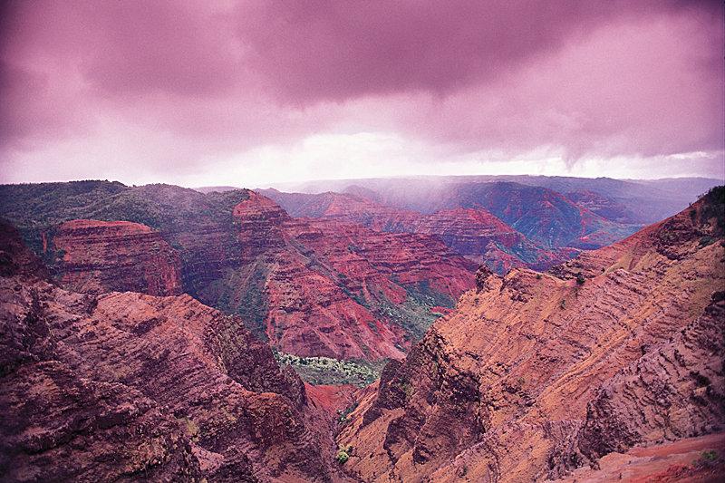 Waimea Canyon Kauai - © Hawaii Tourism Authority (HTA) / Ron Dahlquist