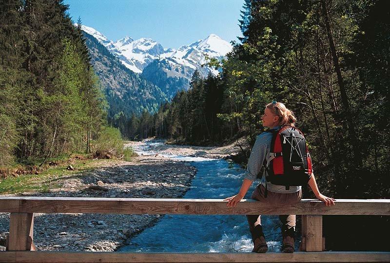 Wandern mit Ausblick - © Oberstdorf