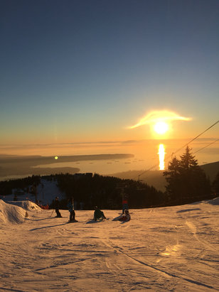 Grouse Mountain - Last sunday - © Marlon's iPhone