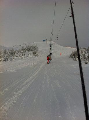 Hudson Bay Mountain - Nice first turns  - © Vaughn Ellis's iPhone
