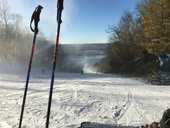 Chestnut Mountain Resort - Beautiful day for skiing! - © Michelle Bogda's iPhone