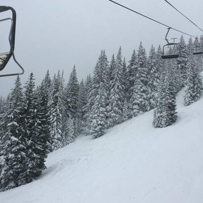 Ski Santa Fe - Tons of fresh powder - © jdclancy