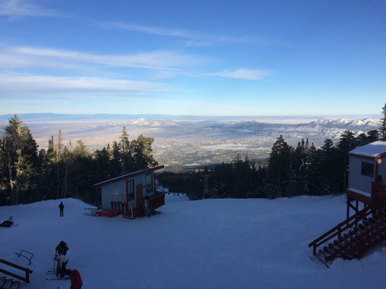 Sandia Peak - Good conditions! Lots of smooth groomed runs.  - © moot