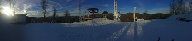 Wolf Ridge Ski Resort - Open to the top!  - © iPhone (5)