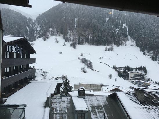 Ischgl - [! skireport_firsthandpost_pagetitle ] - © MATTHEW STEVENS's iPhone